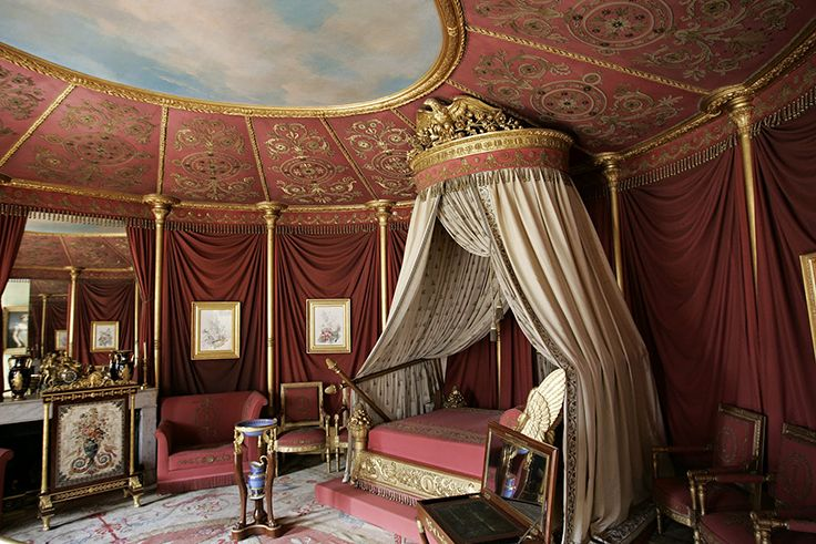 The apartment of empress Joséphine in the Château de Malmaison in Rueil-Malmaison, France. Installed in 1800 in the north part of the Château, this apartment which the consular couple shared during several years stayed in the Joséphine's exclusive usage after 1803. The room of the Empress, luxuriously decorated in 1812 in the shape of a tent with sixteen pieces, show her bed of origin. http://commons.wikimedia.org/wiki/File:Ch%C3%A2teau_de_Malmaison_-_Appartement_de_Jos%C3%A9phine_002.jpg