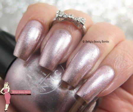 Lit NYC nail polish review
