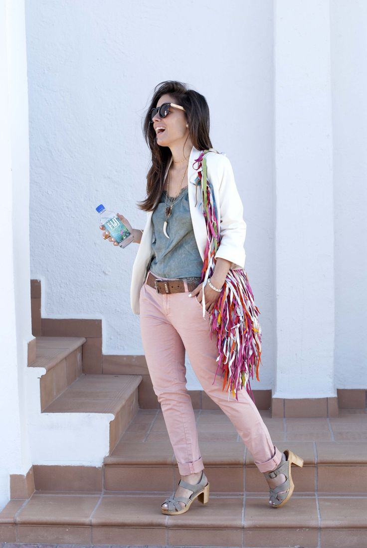 http://www.theguestgirl.com/2016/05/neutral-outfit-spring/ #DDP #chinos #slim #outfit #neutral #style #minimal #sincerlyjules #noholita #theguestgirl #fiji #water #natashaoakley #rockybarnes #debiflue #carolinereceveur #collagevintage #inspo #idea #chic #me #inspiration #blog #fashion #cannes #lace #cami #white #pink #zuecos #gunnels #burberry #jewels  #schadejewels #schade #carolinesevedbom #boho #bag #shacha