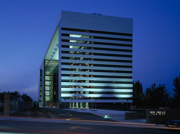 Edificio crisalis sede american express madrid 2001 allende arquitectos menci n de honor xvi - Arquitectos interioristas madrid ...