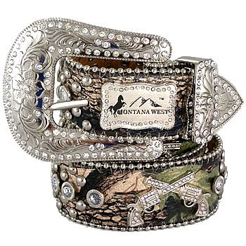 Way cute camo belt!! Bling bling cowgirl