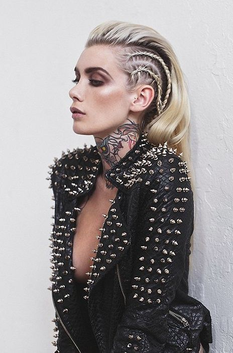 Tatuaże, kobieta, kolorowy, na szyi