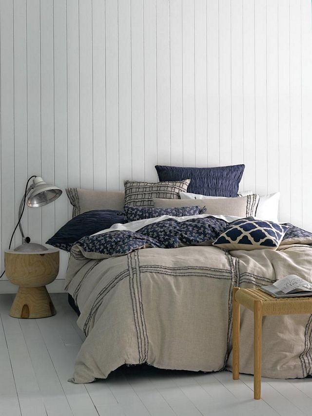 Vivian Range of duvet cover sets, pillow cases and cushions – 100% cotton, yarn dyed seersucker.  Available in the following sizes:  Three-quarter  Double  Queen  King  Super King  Continental Pillow  Scatter Cushion – 30 x 50  Scatter Cushion – 50 x 50