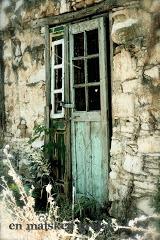 en matsked grejer: gamla dörrar.