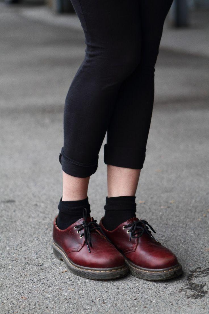 Dr martens basses bordeaux #drmartens #chaussures #bordeau