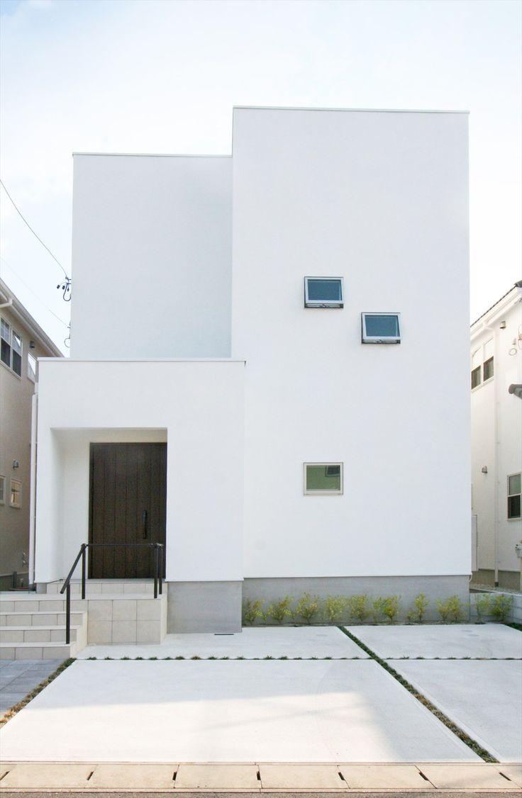 家/外観/エクステリア/箱の家/白い家/塗り壁/スクエアな家/モダンスタイル/シンプル/注文住宅/ジャストの家/house/home/exterior