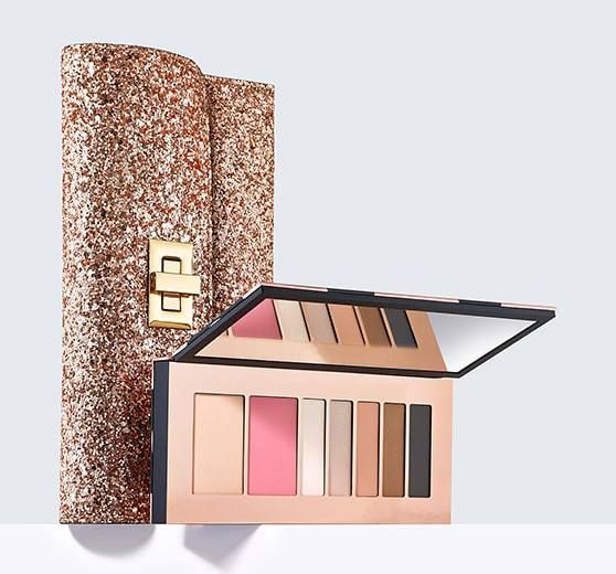Estee Lauder Holiday 2017 Makeup Gift Sets - Beauty Trends and Latest Makeup Collections | Chic Profile