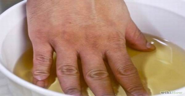 Baño de Vinagre de manzana para tratar la artritis y el dolor articular Naturalmente