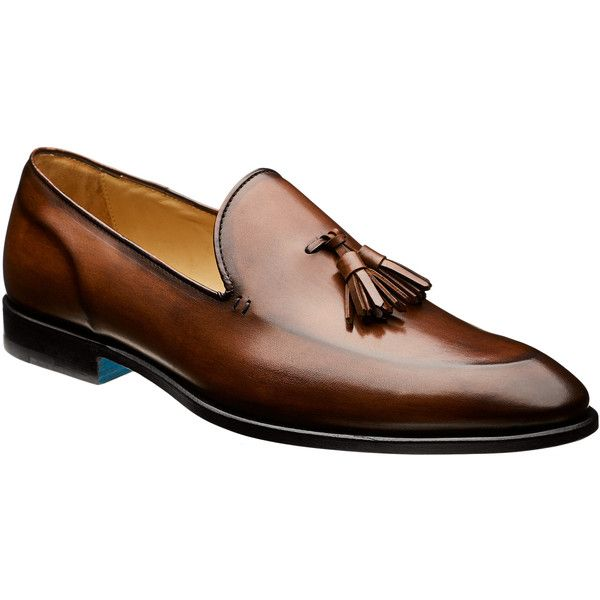 Tasselled Leather Loafers (9.938.585 IDR) ❤ liked on Polyvore featuring men's fashion, men's shoes, men's loafers, mens leather shoes, mens brown leather shoes, mens leather slip on shoes, mens slip on shoes and mens tassel shoes