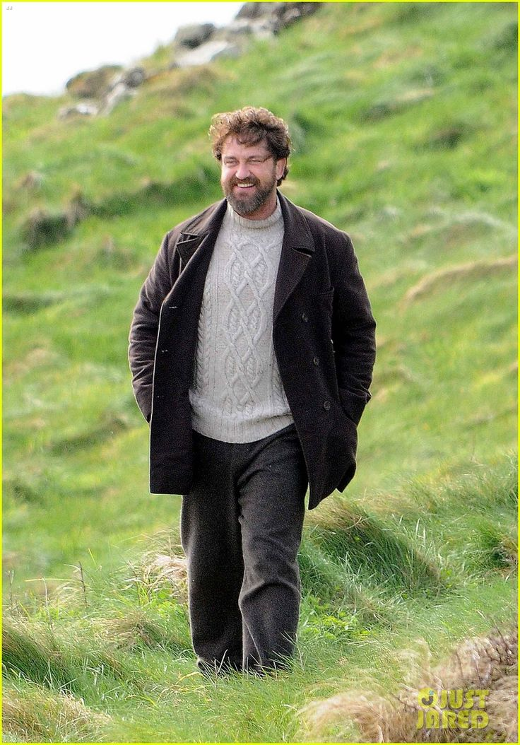 Gerard Butler Gets to Work on 'Keepers' in the Fields of Scotland