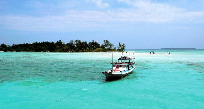 Daya tarik yang dimiliki Karimunjawa dalam keindahan lautan Indonesia