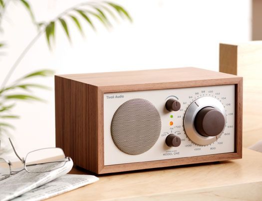 just bought a tivoli radio... yay!