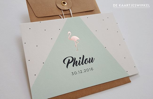 Geboortekaartje print en folie – Philou CopyrightDe Kaartjeswinkel Het kaartje van Philou is geprint aan beiden kanten en aan de voorzijde voorzien van een mooie flamingo in koperfolie. Willen jullie...