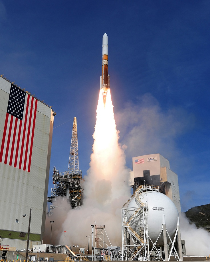 A United Launch Alliance Delta IV Medium+ (5,2) launches from Vandenberg Air Force Base, Calif