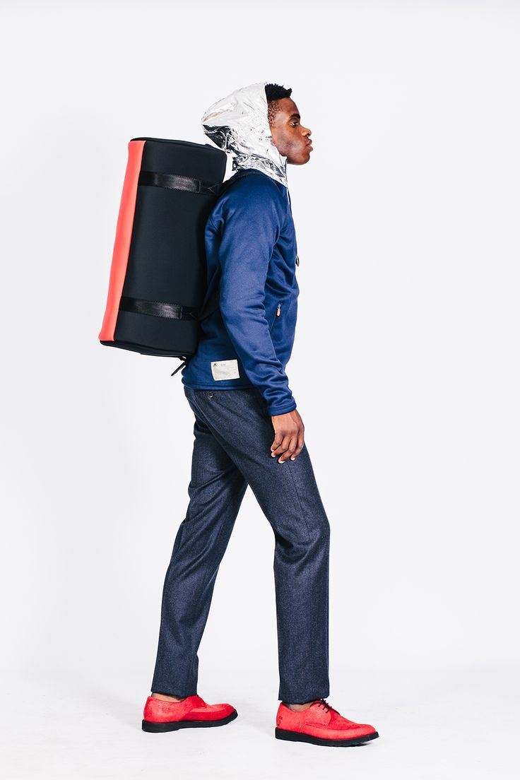 How to carry your travel bag. #Shoponline Y-3 at #hionidismankind #mensfashion #menstyle