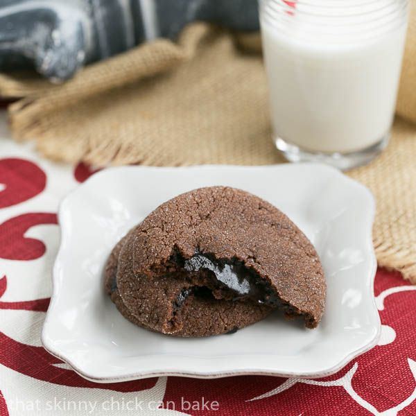 Chocolate Lava Cookies | chocolate butter cookies filled with hot fudge sauce