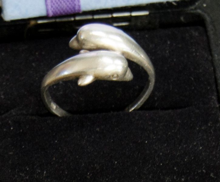 SOLID SILVER ANTIQUE DOUBLE DOLPHIN HEAD RING VINTAGE