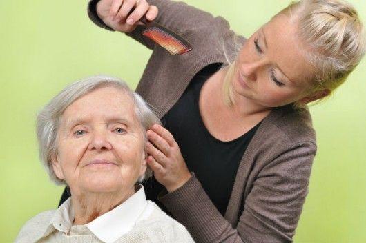 Cuidador de idosos - importância de se ter um ajudante na realização do trabalho #alcanceosucesso