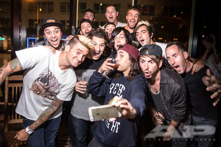 After the AP Music Awards rehearsals on Sunday. Trying to beat Ellen Degeneres' epic Oscar selfie. #apmas (Photo: Chris Martin)