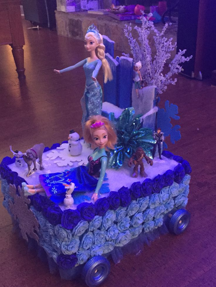 Shoe box float parade for my little one frozen for Princess float ideas
