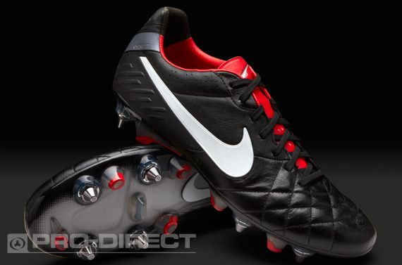 low priced f217d af60e all black nike tiempo football boots