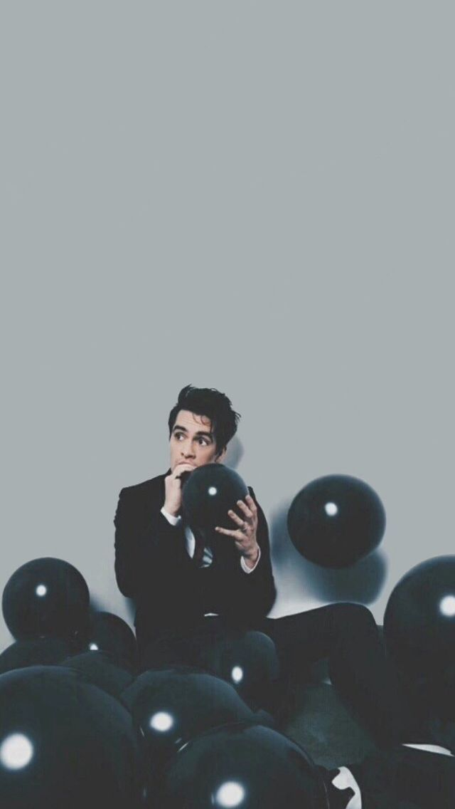 Pin By On My Kind Of Music 2020 Disco Brendon Urie Band