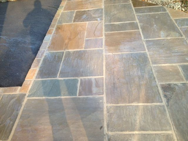 Autumn Brown Indian Stone Driveway, edged in Indian stone cobbles and a Tarmac drive in Manchester http://www.gardensandlandscapes.co.uk