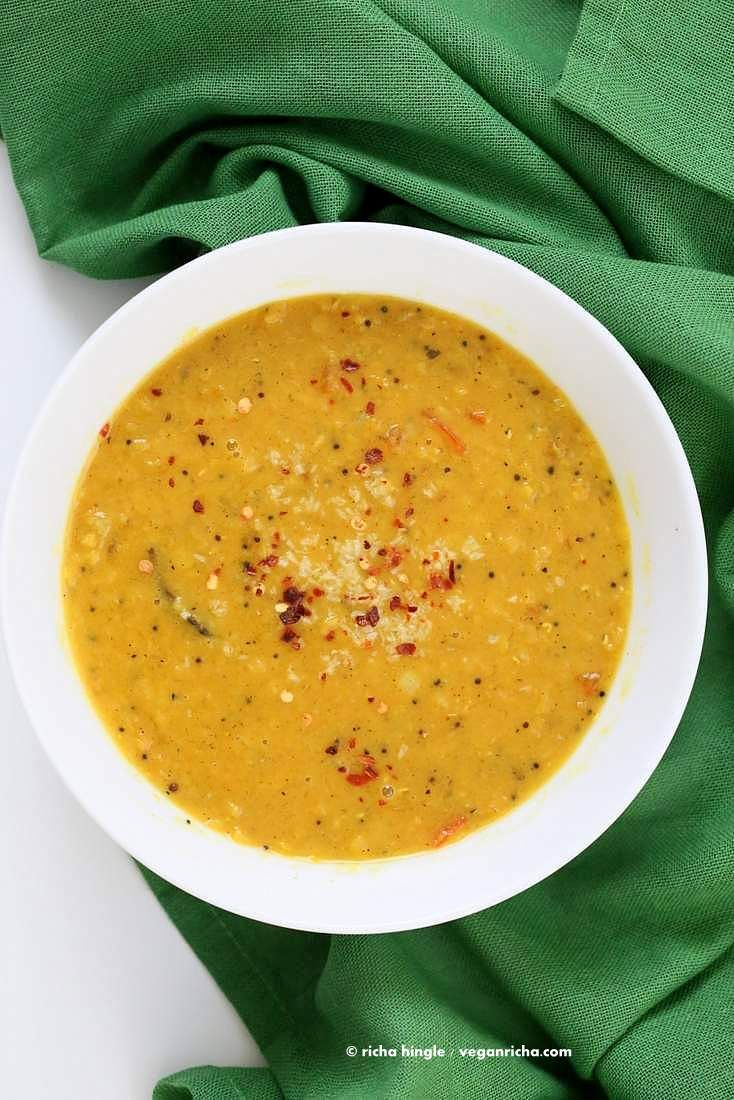 Sri Lankan Red Lentil Curry. Creamy Dal curry Spiced with fenugreek seeds, cinnamon, black peppercorns | VeganRicha