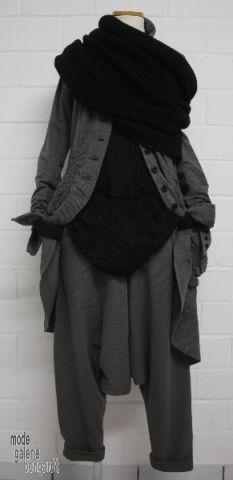 Rundholz black label Winter 2015 Gehrock/Jacke frackähnlich