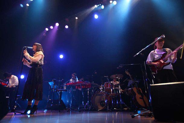 土岐麻子「今が一番惑っている」30代最後のツアー千秋楽(画像 2/8) - 音楽ナタリー