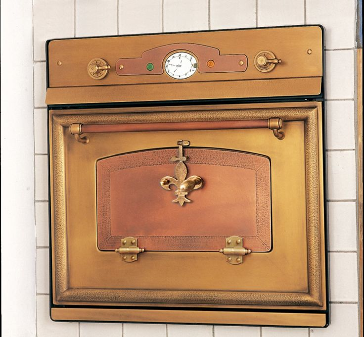 Copper and brass oven - is it possible to be in love with an oven?