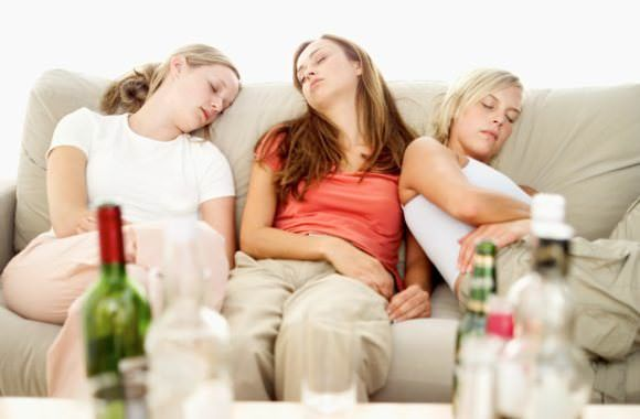 How to get rid of hangover fast after drinking at night? Night outs, party with friends, drinks at night often results in having a hangover in the mor...