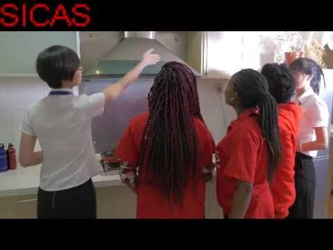 What a wonderful dormitory. SICAS School Provide Dormitory For International Students. During this period, they will have Chinese training and a lot of help with SICAS Members. Now SICAS members are helping international students check and stay in their dormitory. Let's have a look.