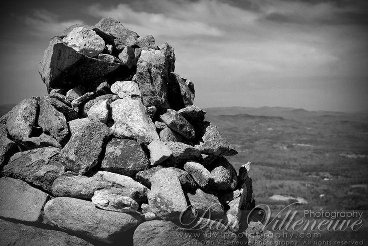 Cairn. Grand Monadnock, Jaffrey, NH - Photographer: Dan Villeneuve