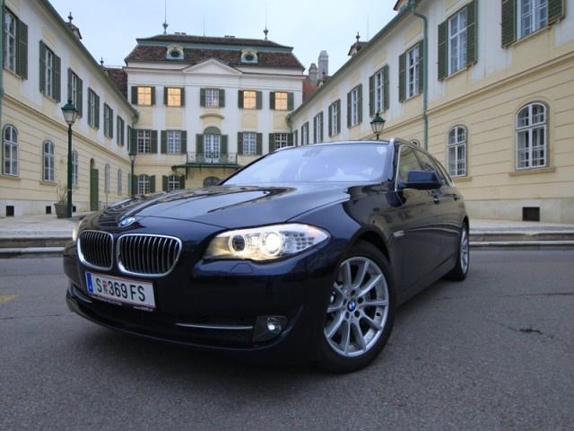 [BMW 530d Touring] Als Kombi verbindet der 5er Touring seine Gene als Sportlimousine mit dem Quantum Nutzwert, den man im täglichen Leben braucht. #bmw #5er