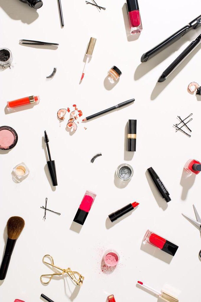 Makeup tools iPhone wallpaper