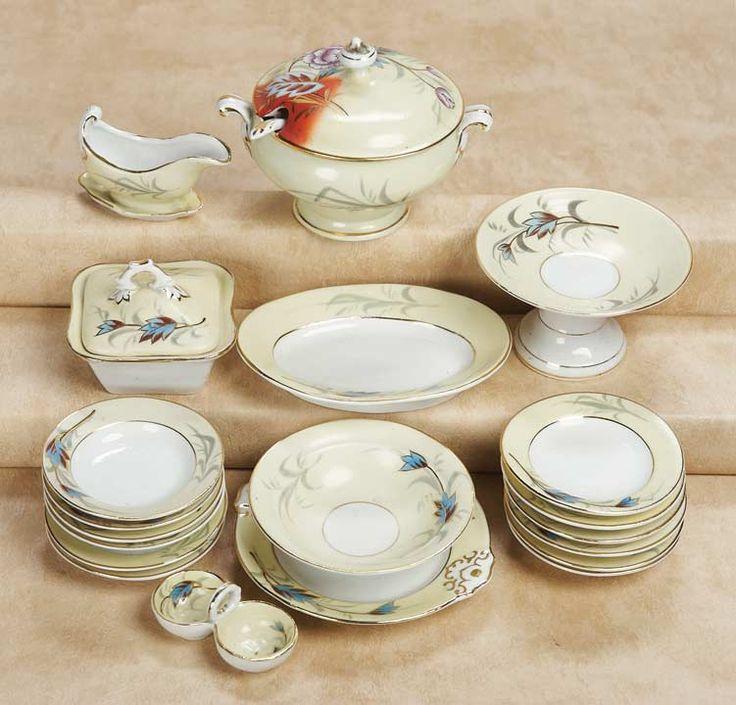 Les 290 meilleures images du tableau vaiselle ancienne sur for Vasque ancienne en porcelaine