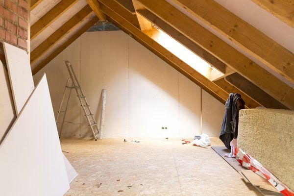How To Wire An Attic Electrical Outlet And Light Junction Box Wiring Junction Boxes Electrical Outlets Cable Lighting