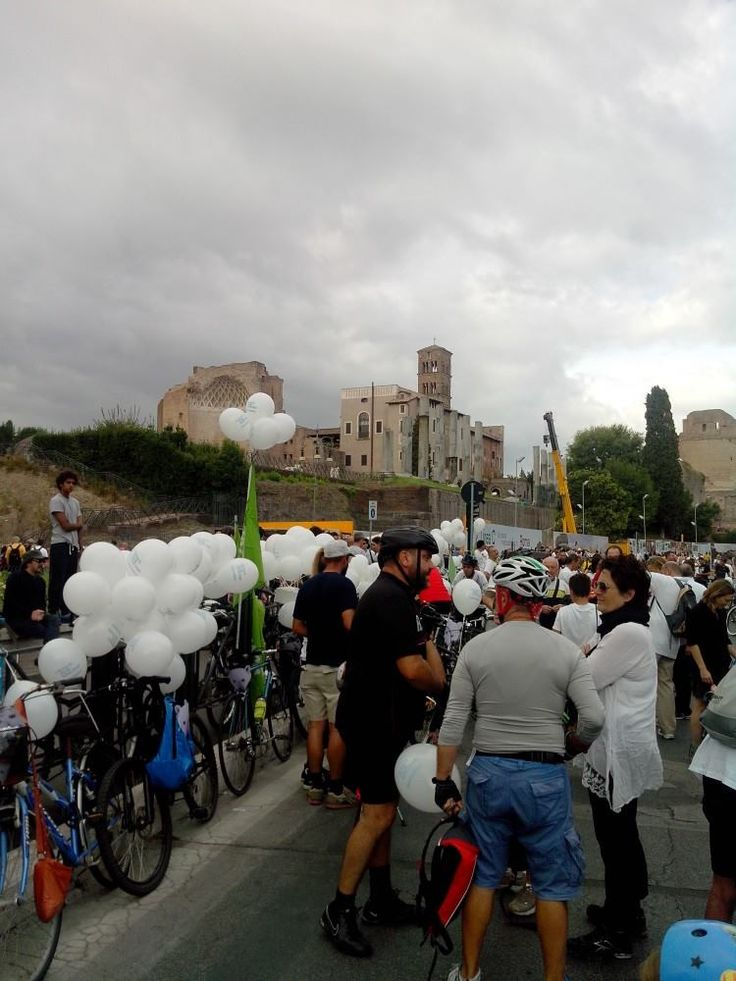 #greenpeace #roma #colosseo #savethearctic #pedalatapolare