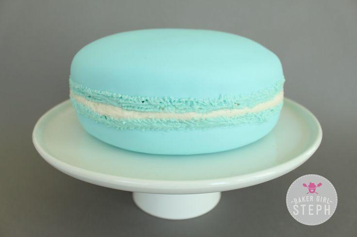 GIANT MACARON CAKE                                                       …