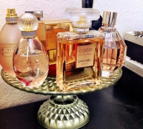 Cake platter fragrance tray.