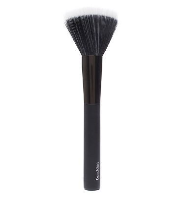 #NO7 No 7 #Stippling #Brush #10190917 #56 #Advantage card #points. No7 #Stippling #Brush #blends and #buffs your #favourite No7 #foundation to #create an #airbrushed #finish FREE #Delivery on #orders over 45 GBP. #(Barcode #EAN=5045095971342)
