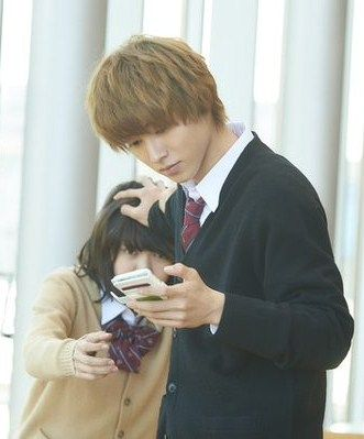 "[Trailer, official site] http://wwws.warnerbros.co.jp/ookamishojo/     Fumi Nikaido x Kento Yamazaki, J LA movie ""Ookami shoujo to kuro ouji (Wolf girl n black prince)"". Release: May/28/16"