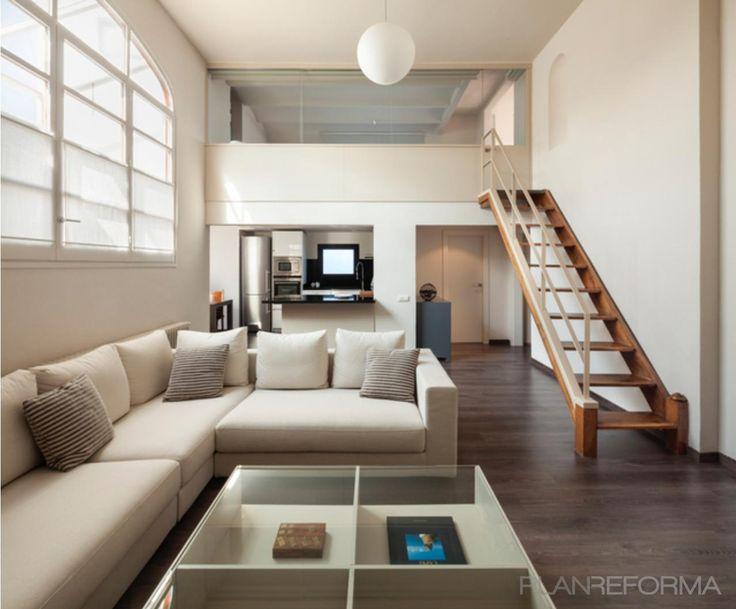 Cocina, Salon, Escalera estilo moderno color beige, marron, marron, blanco diseñado por Estudiamsa - Interiorista