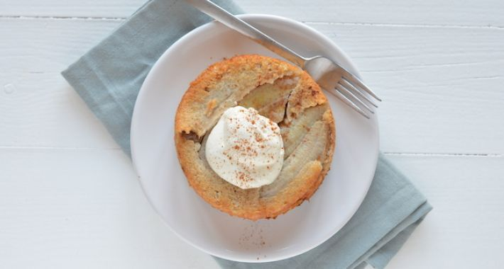 Een super lekker ontbijt recept is dit gezonde havermouttaartje met banaan.