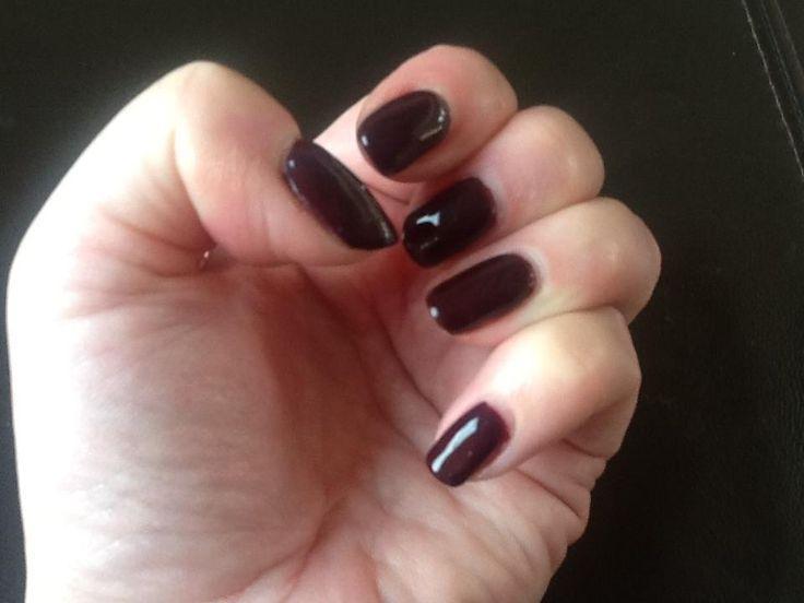 Red Carpet Manicure Bourgeois Babe Gel Polish #redcarpetmanicure #gelpolish #nails #burgundy