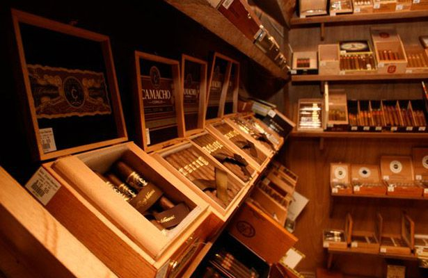Man Cave In Spanish : Images about walk in humidors on pinterest canada