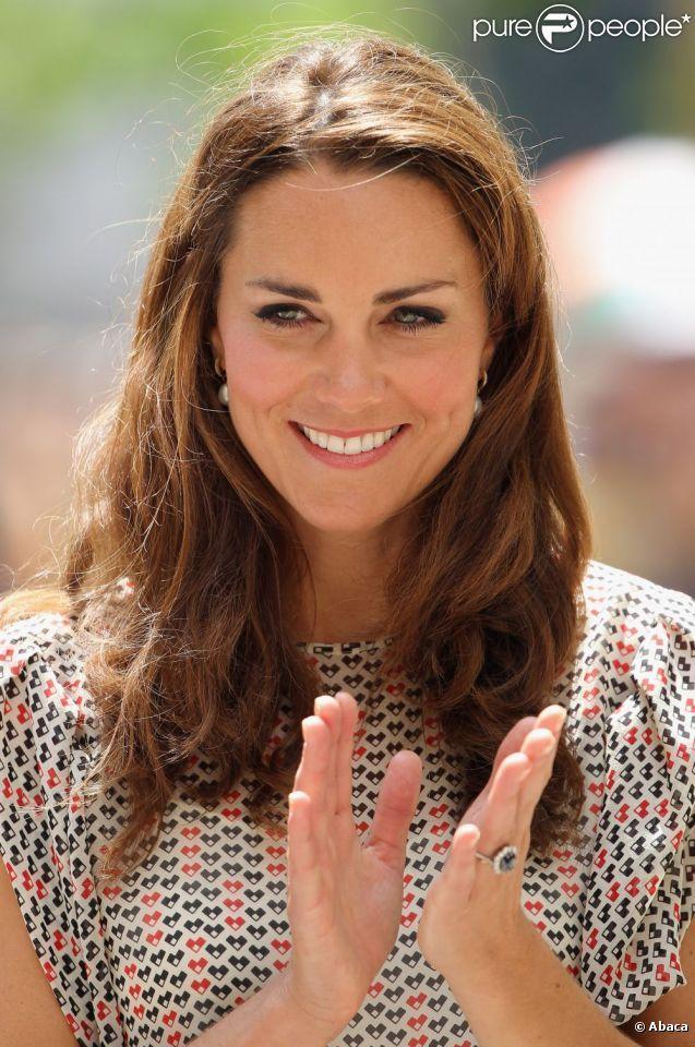 Kate Middleton, parfaite et éblouissante lors de son deuxième jour passé à Singapour le 12 septembre 2012 dans le cadre d'un voyage officiel en Asie du sud-est