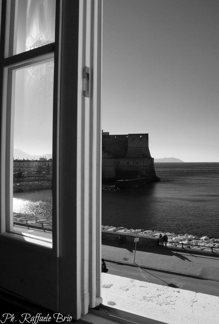 Dalla finestra della Sala Convegni presso la Facoltà Federico II di Economia e Commercio in Via Parthenope.