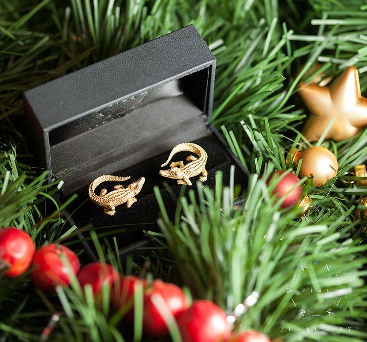 "Cufflinks ""Crocodiles"" in 18K yellow gold Запонки ""Крокодилы"" из желтого золота. MARKIN #markin #markinjewellery #jewellery #formen #gift #gifts #giftsformen"